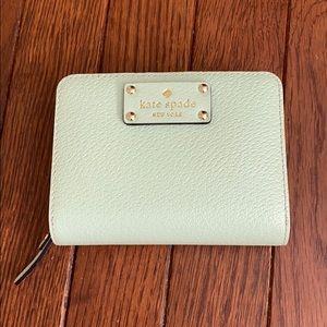 Kate Spade • Wallet